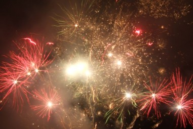 Feu d'artifice. (9)
