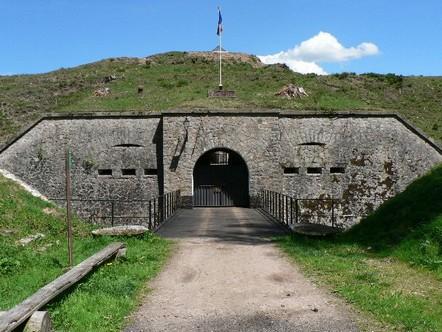 L'entrée du fort du Parmont