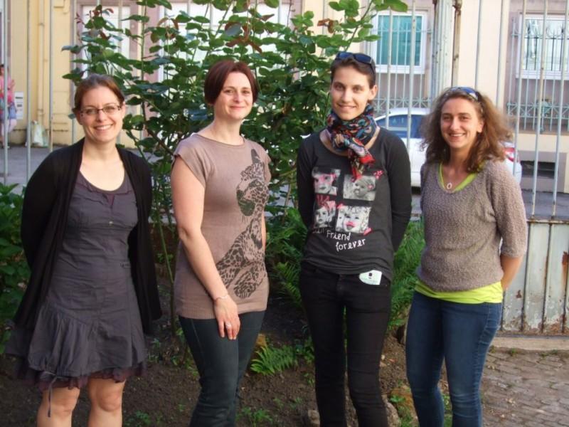Quatre jeunes femmes pleinement investies dans ce projet innovant.