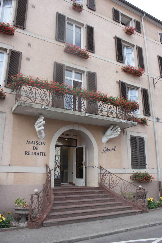 MAISON-DE-RETRAITE-LAccueil