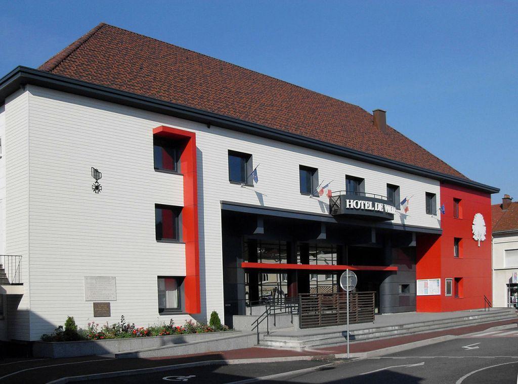 1280px-Le_Thillot,_Hôtel_de_ville