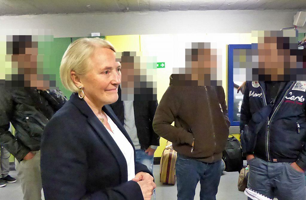 L'adjointe au maire Pascale Deau a accueilli les réfugiés Syriens à la gare d'Epinal.