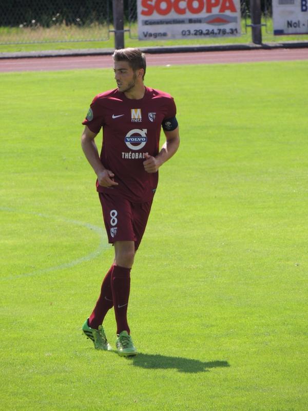 Théo Pierrot sous les couleurs du FC Metz lors d'un match amical disputé à Vagney en octobre 2014.
