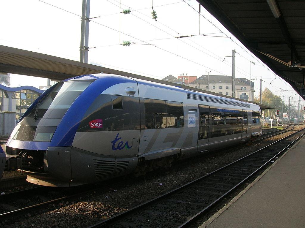 1024px-X_73500_Pays_de_la_Loire