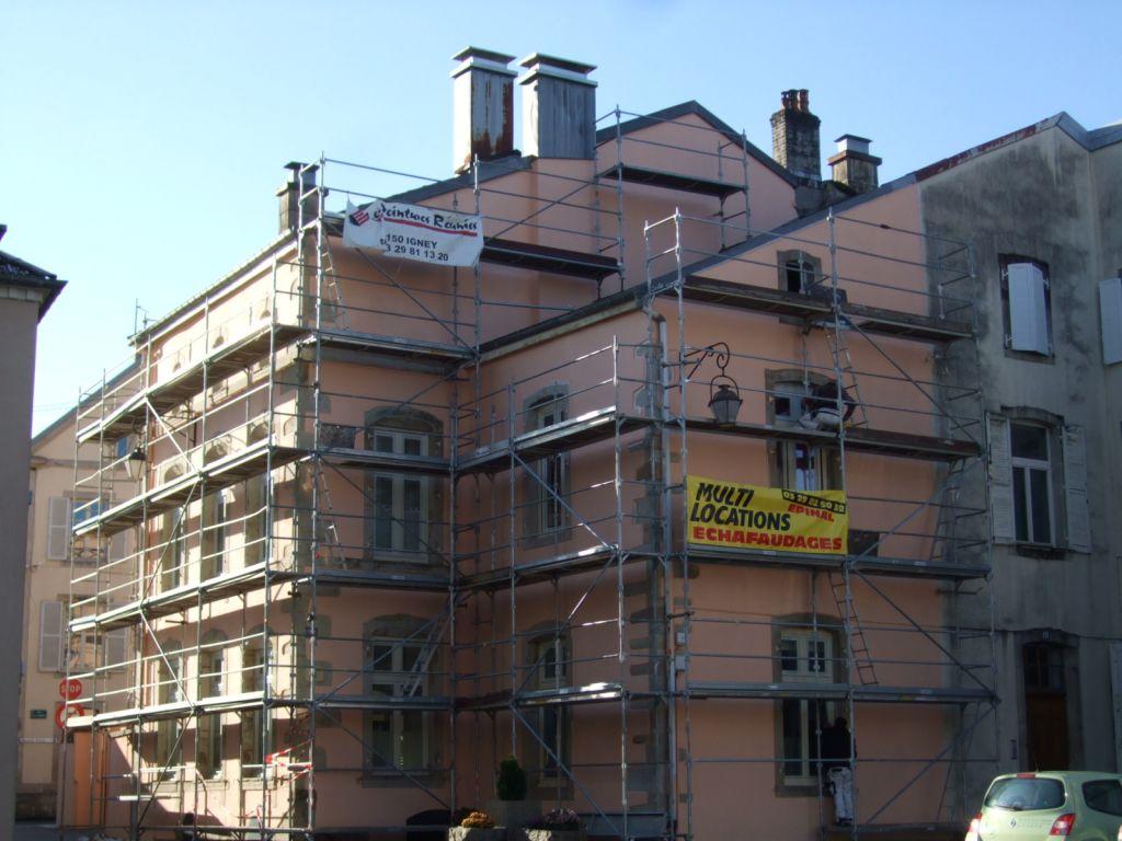 Ravalement de façades et traitement de la charpente au 20 place Henri Utard