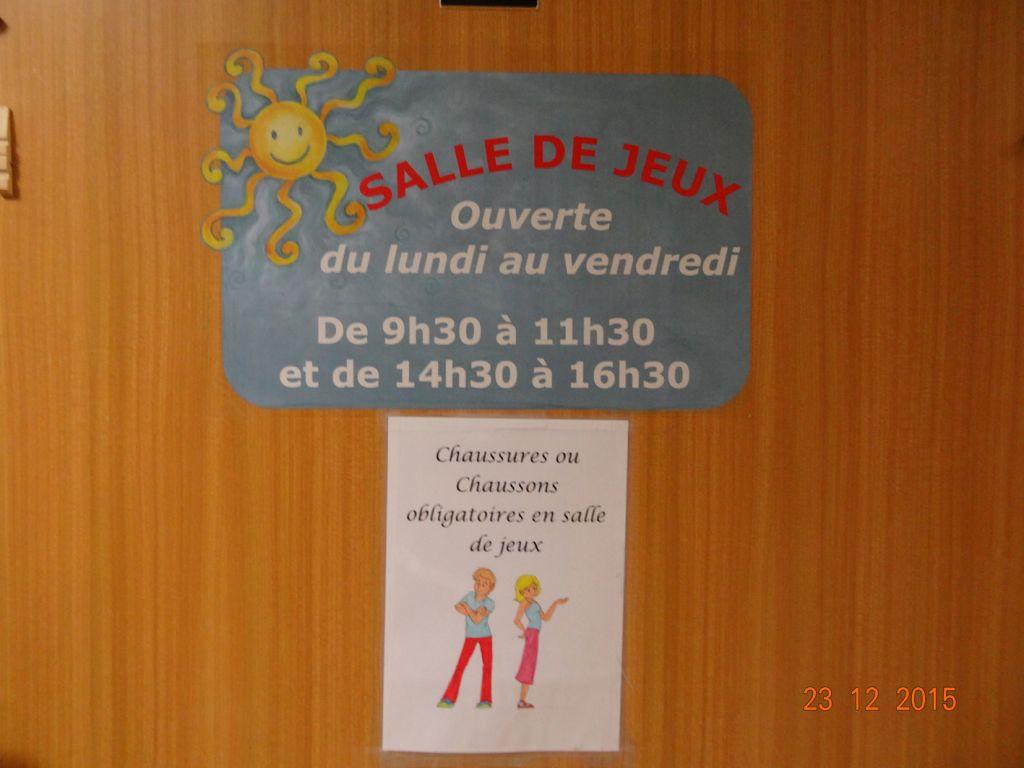 02 entrée salle de jeux du sevice pédiatrie