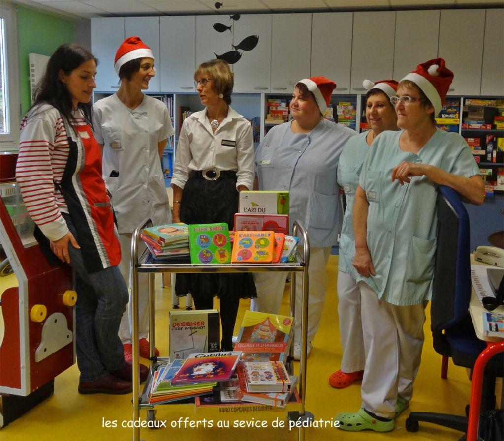 03 Cadeaux offerts au service de pédiatrie