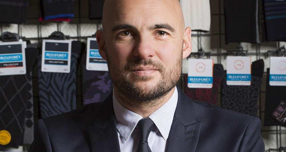 1176878_le-nouveau-patron-des-chaussettes-bleuforet-veut-seduire-les-hommes-web-tete-021493278653
