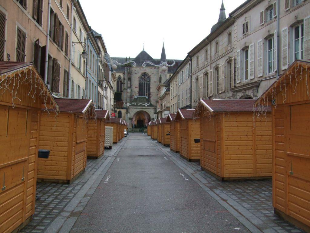 22 chalets viennent d'être installés rue de la Franche Pierre
