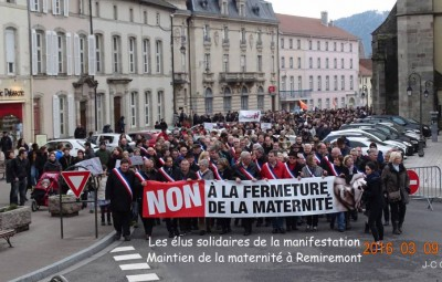 Manifestation Maintien Maternit+® +á Remiremonr (13)