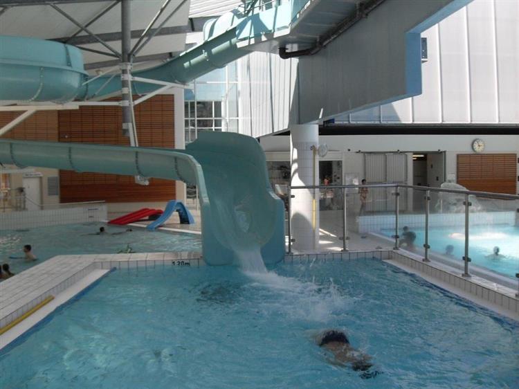 Horaire piscine remiremont id es de - Piscine pontarlier horaires ...
