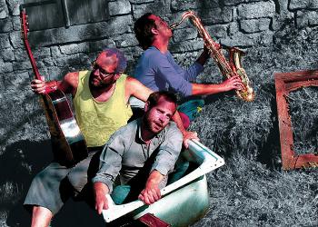 02-moussak-trio