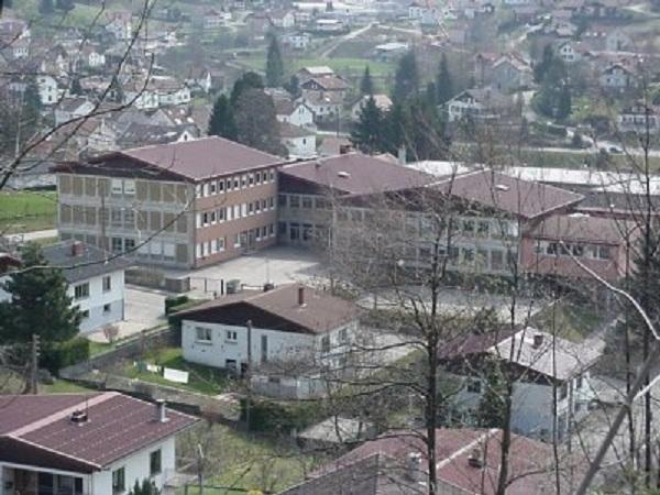 college-les-boudieres-la-bresse-1334934610