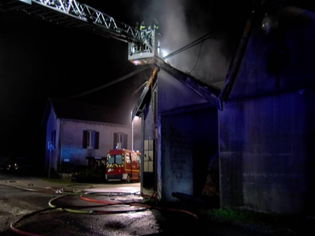 Incendie-Chenimènil-Centre-Equestre-1