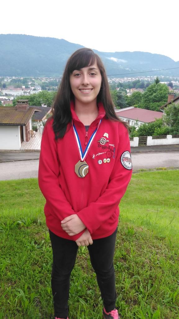 Zoé médaillée de bronze armes anciennes France 2016