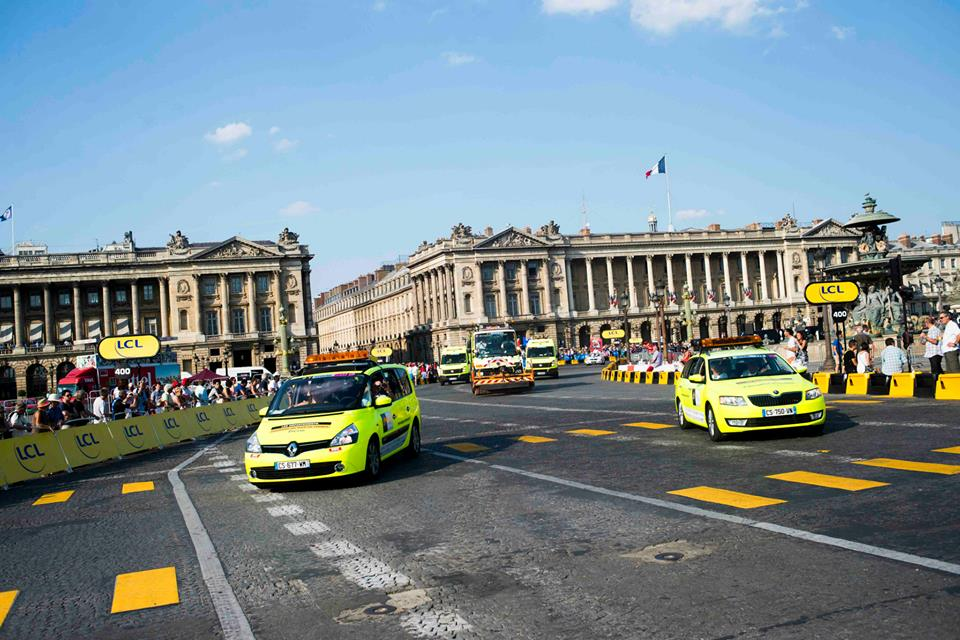 Tour de france 2017 gros l on fier maillot jaune for Garage ad la bresse