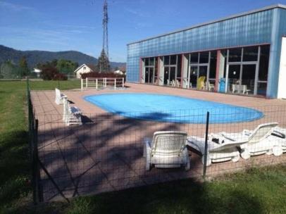 La piscine du Thillot.
