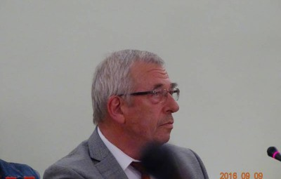 Bernard Godfroy lors du conseil municipal extraordinaire du vendredi 9 septembre 2016.