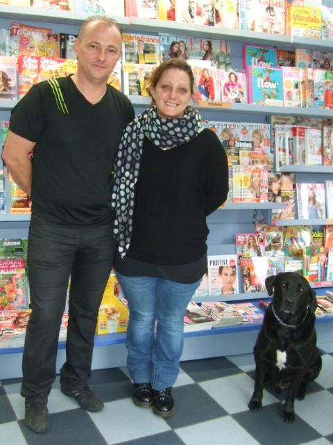 David et Marjorie Da Silva Machado et leur chien Orka veillant sur les lieux
