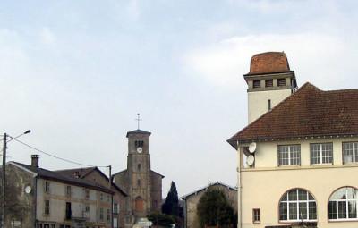 800px-Charmois-l'Orgueilleux,_Centre_du_village