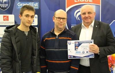 Albert Gemmrich a récompensé Lucas et Raphaël Claude.