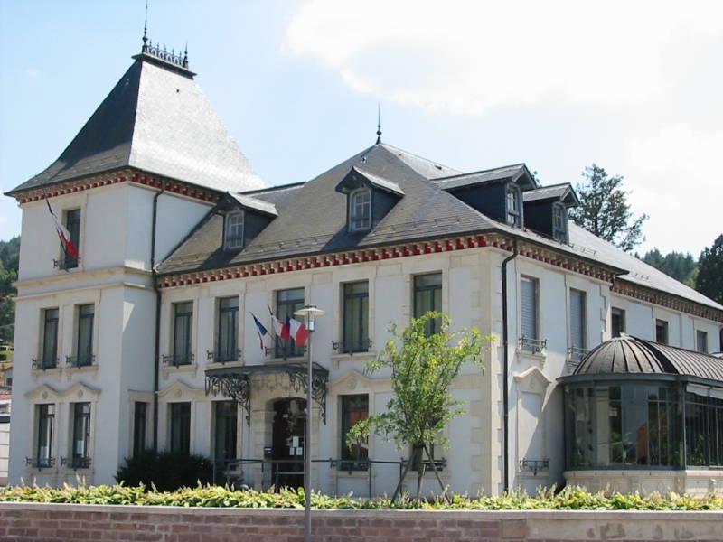 Éloyes_88_mairie