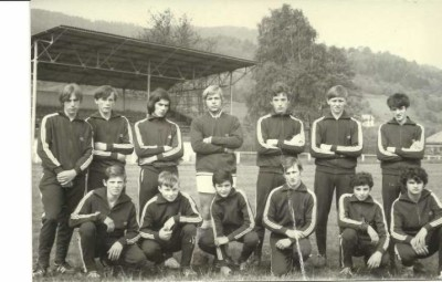 Saison 1970/1971 : remise de survêtement aux juniors du FC Saint-Maurice-sur-Moselle, beaucoup d'entre eux deviendront des figures emblématiques du club.