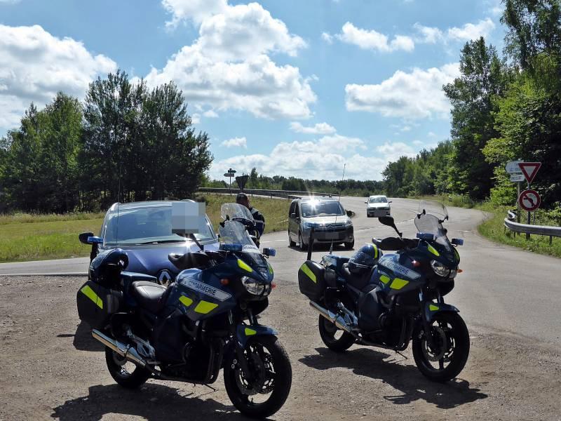 controles-vitesse-gendarmerie-thaon2