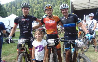 Le trio de tête du 75 km avec Pierre Crien, Steve Chainel et Sönke Wegner.