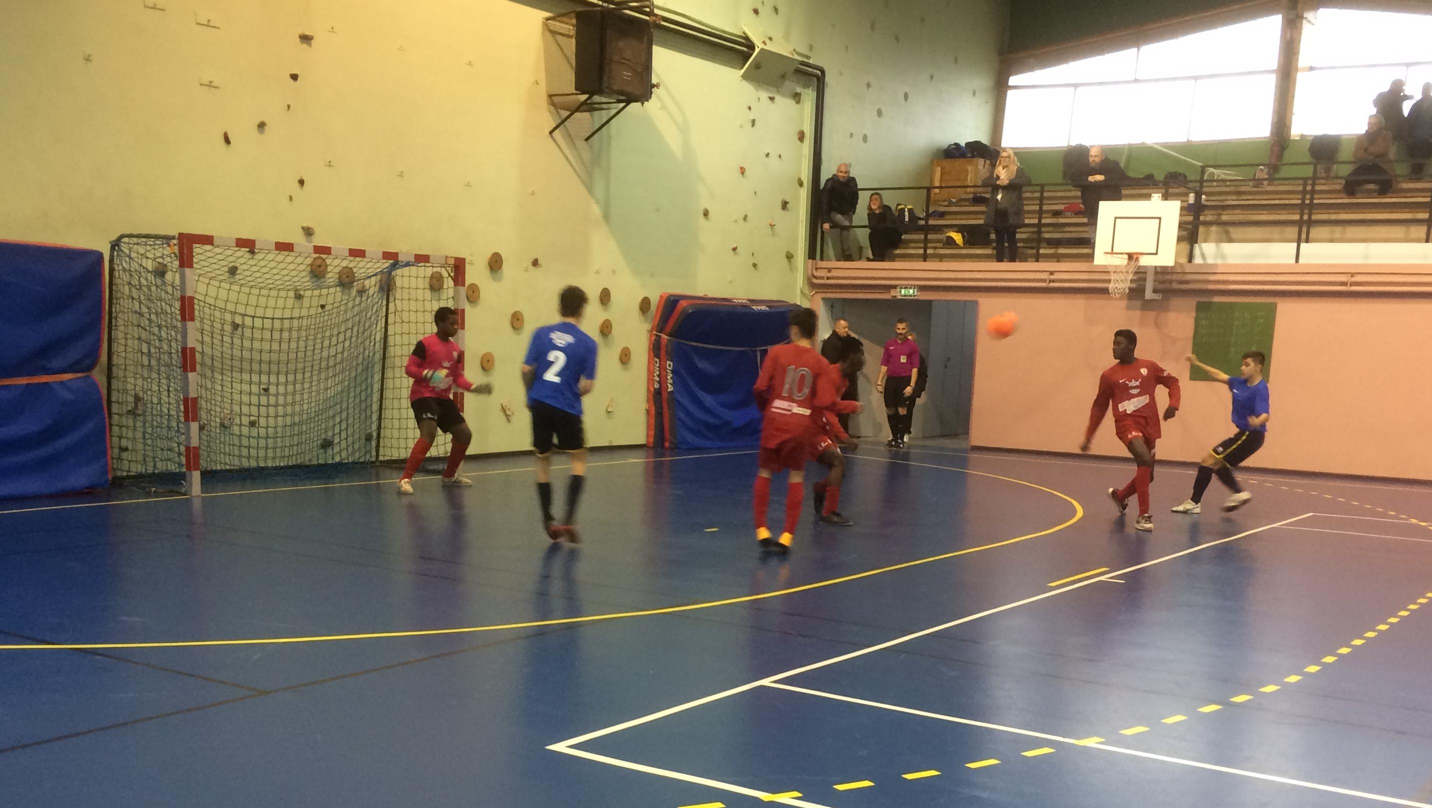 Belle intensité de jeu lors du 1er tour Futsal U17.