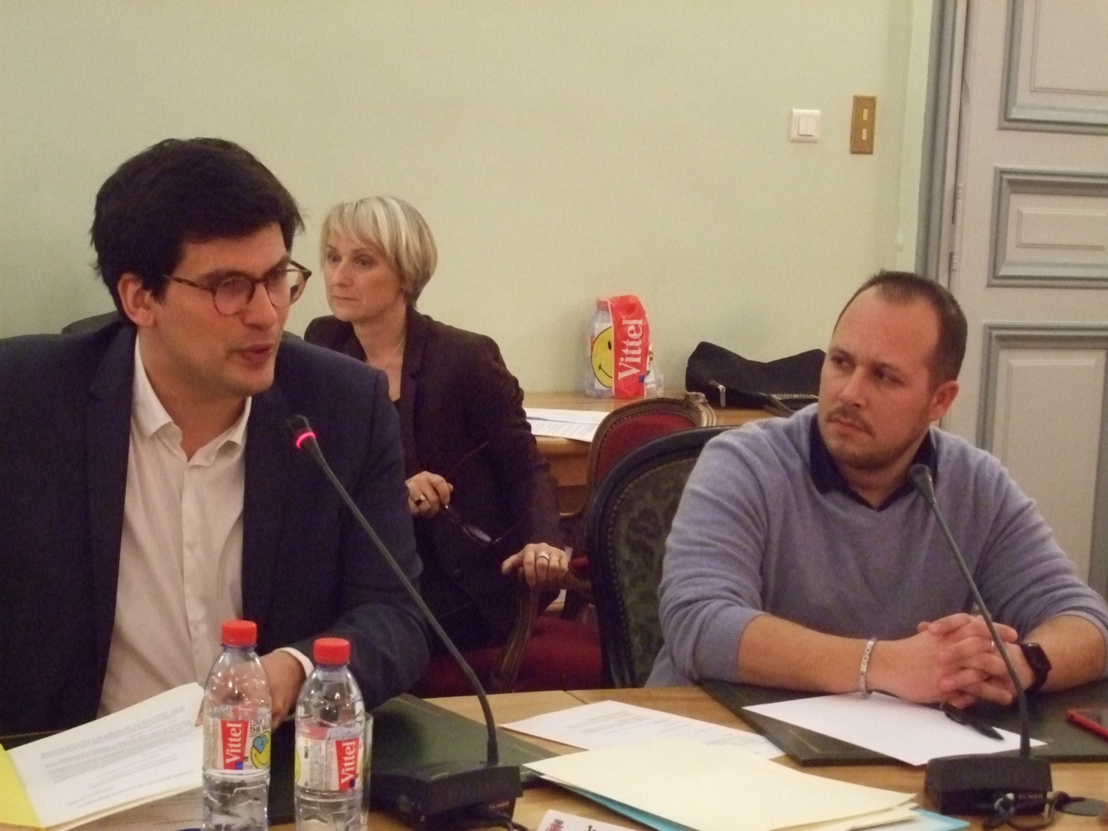 Le Maire jean Hingray et Arthur Christin, représentant le GIE. 001 (2)