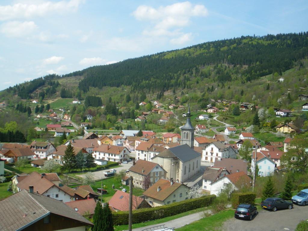 Ventron : 875 habitants en temps normal, 2.500 durant la haute saison touristique.