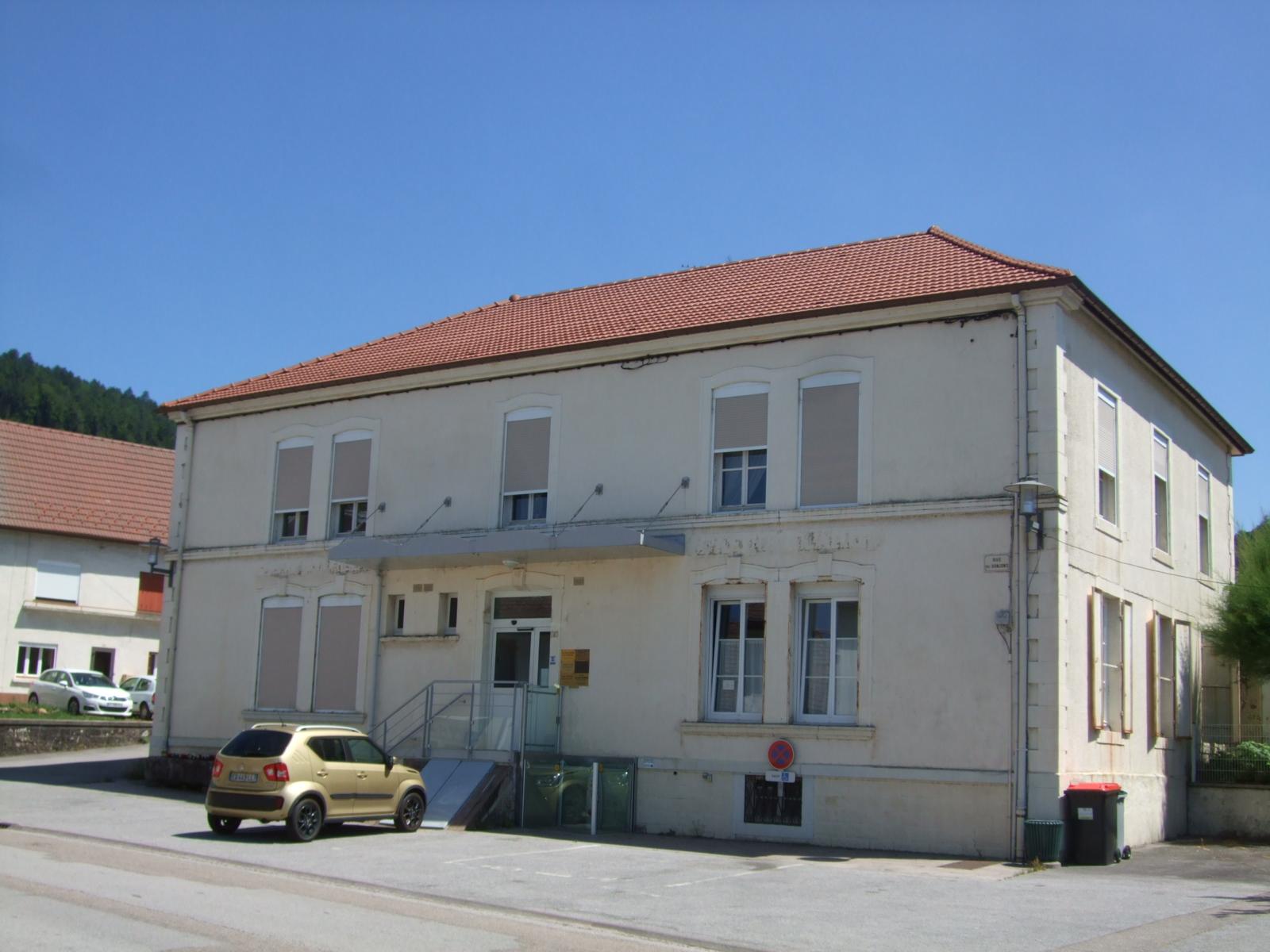Eloyes - L'actuelle Maison médicale.