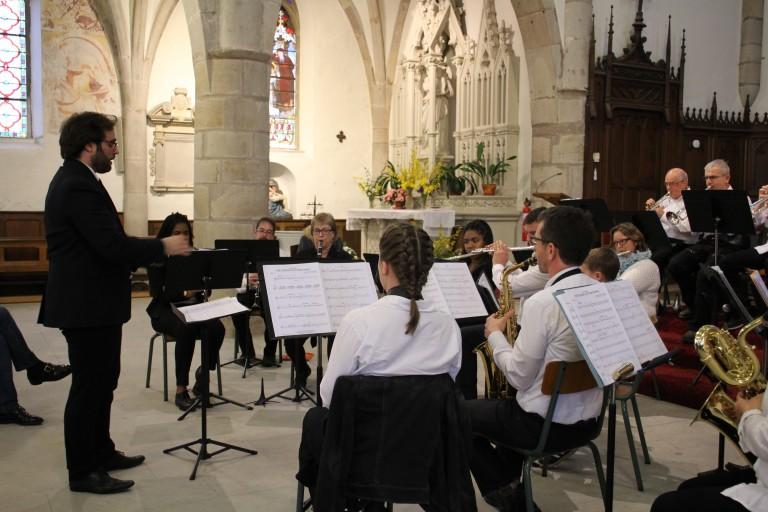 Concert-solidaire.-Harmonie-Jeanne-dArc-9-768x512