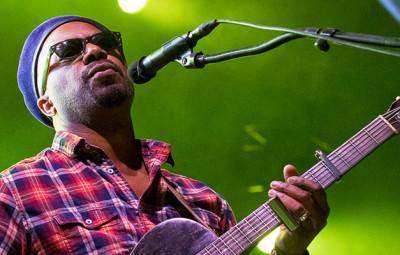 Pascal Danaë, un répertoire axé sur le blues créole