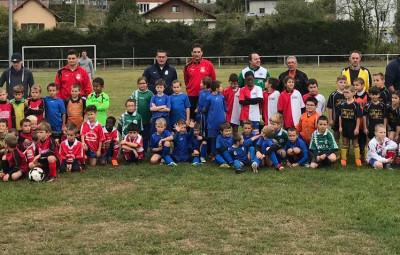 les clubs du Le Ménil, Rupt, Ramonchamp, Le Thillot, FCHM et le FC des Ballons ont réunis 90 jeunes footballeurs samedi au stade Livio Péduzzi de Fresse sur Moselle