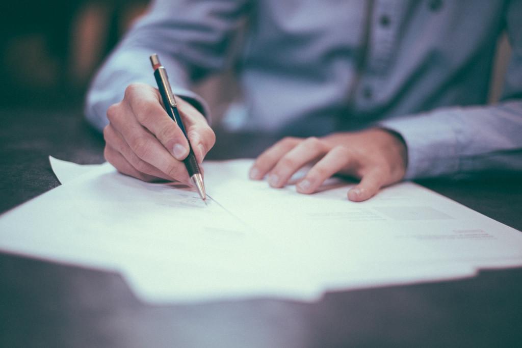ecriture-emploi-contrat