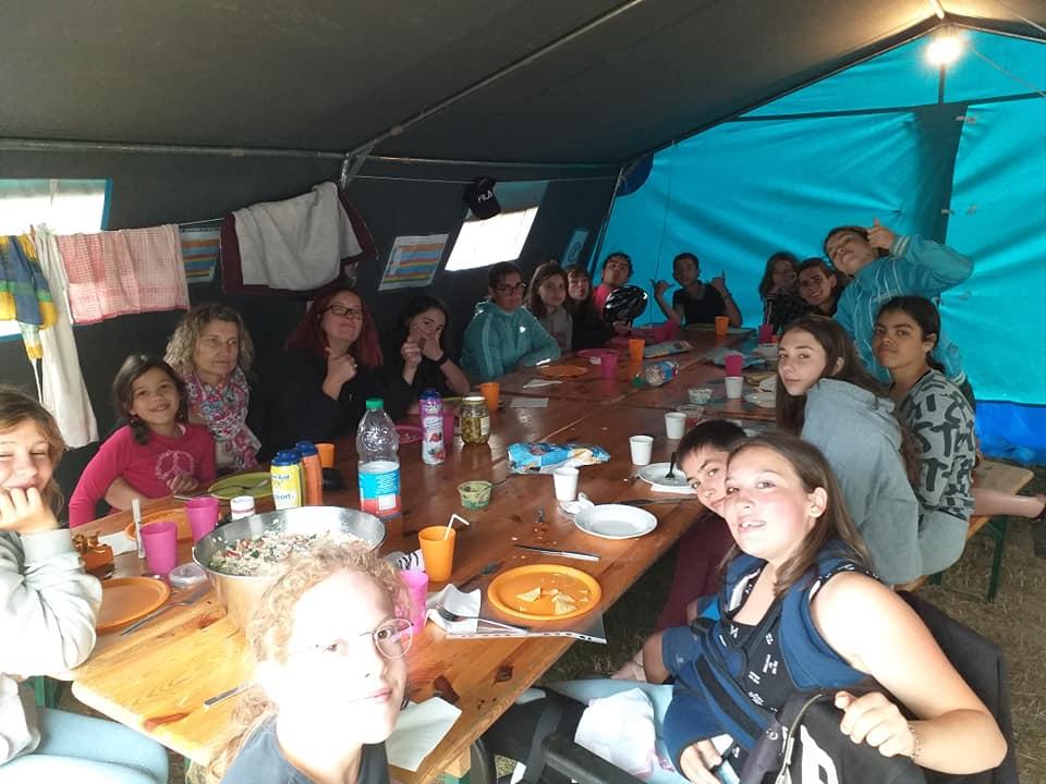 Fin de repas au camping