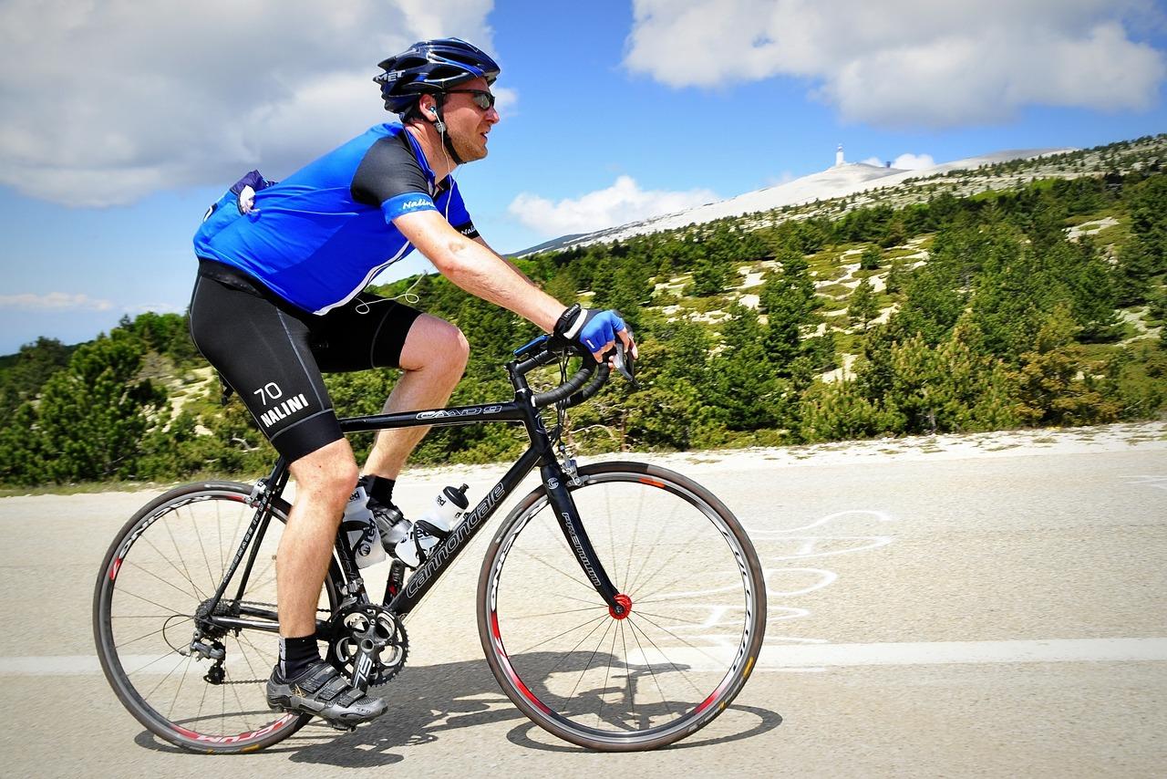 cyclist-394274_1280