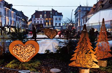 Lumieres-de-Noel-_Decor-Patinoire__Montbeliard_1428x939px