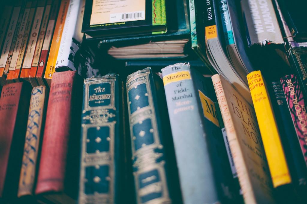 book-1867171_1280