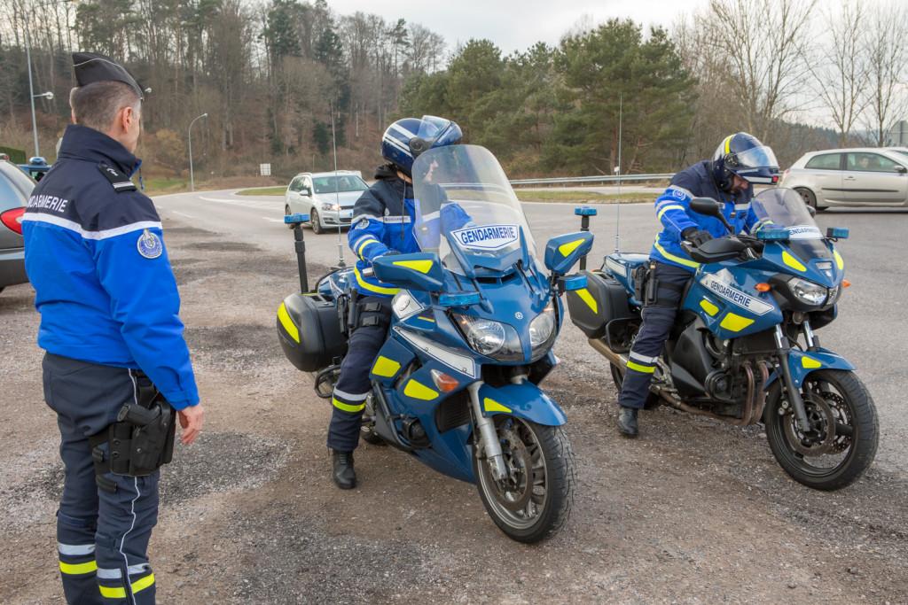 controle-gendarmerie-arches-7