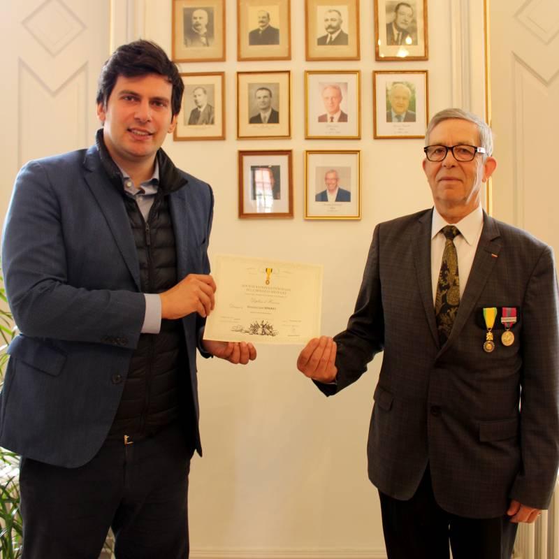 diplome d'honneur2
