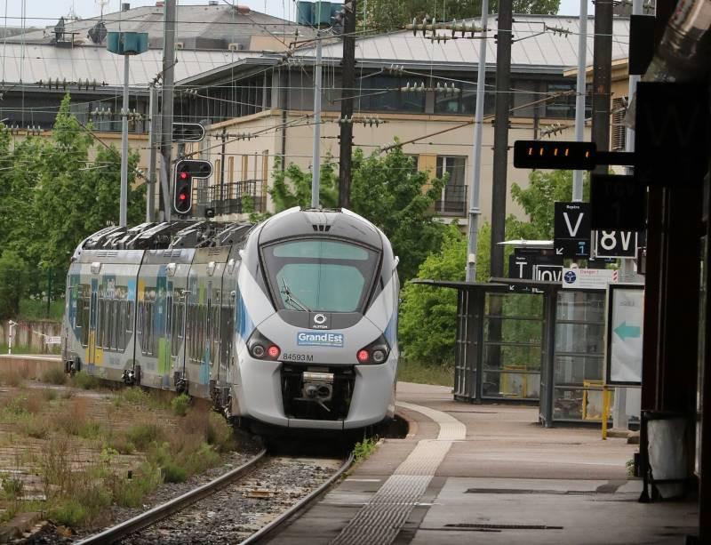 train-region-800x613