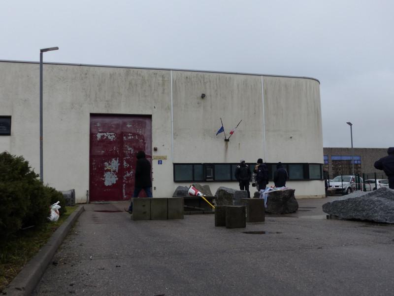 maison-arrêt-epinal-surveillants-prison-4-800x600