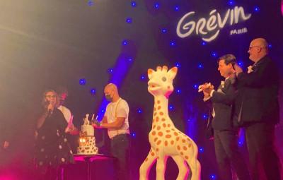 sophie-la-girafe-musee-grevin-paris2