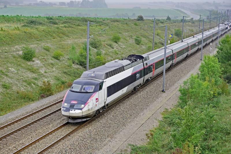 tgv-train