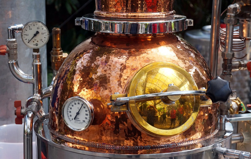 distillation-bouilleurs-cru-800x508